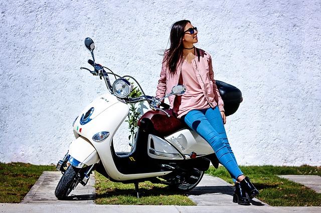 Comment bien choisir sa moto-école?