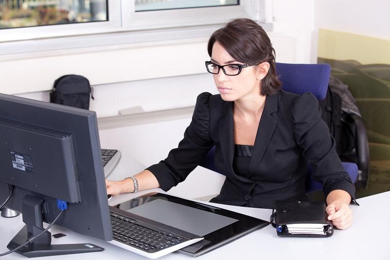 Comment les agences recrutent les hôtesses ?