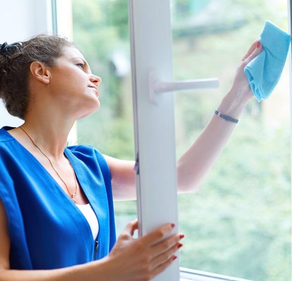 6 astuces pour nettoyer les fenêtres